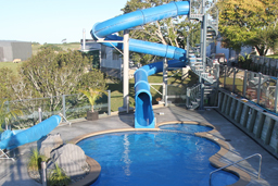 Closed Flume Fiberglass Water Slide Model 2048